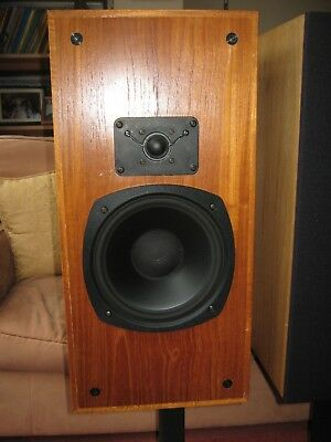 CELEF MINI PROFESSIONAL speakers with stands £100.00