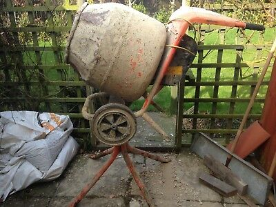 Belle 110V Minimix 150 Cement Mixer With Stand