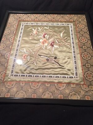 Old beautiful Chinese handmade work silk  frame painting