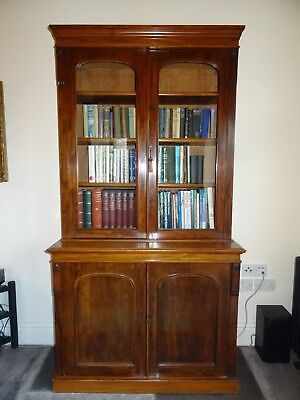 Magnificent mid Victorian 19th century mahogany bookcase on cupboard