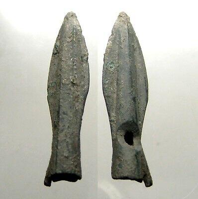 ONE ANCIENT SCYTHIAN BRONZE ARROWHEAD____BC Era____WITH BARB___Lower Ukraine
