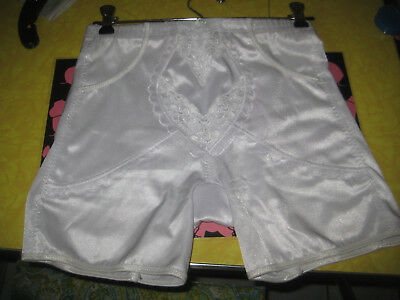 WHITE NYLON SPANDEX PANTY GIRDLE SHAPER BRIEF sz LARGE