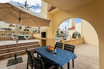 BARGAIN - TENERIFE 2 bedroom south facing poolside ground floor poolside villa