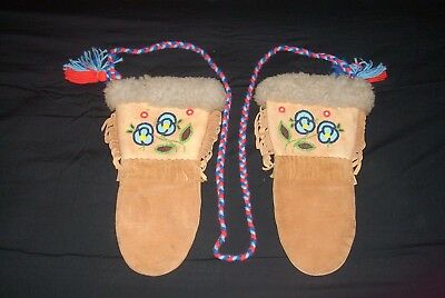 native american gloves-eskimo or inuit old gloves no rips or tears-40s-50s