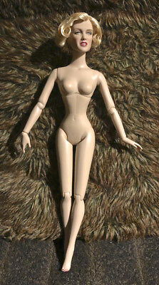"""Robert Tonner 'Marilyn Monroe as Lois Laurel' Nude16"""" Doll Stand Included"""