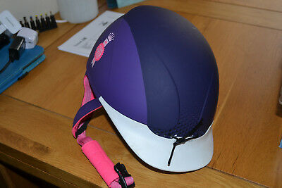 Fouganza girl horse riding hat, size XS (51cm-53cm), very good condition!
