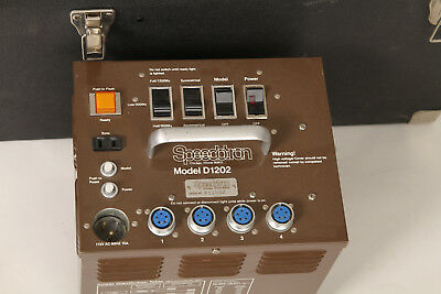 Speedotron D1205 Brown Line  power supply w/case used in good+ condition
