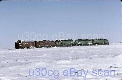 BN Burlington Northern Rotary 977554 W. of Roscoe, SD 1997 - Original slide
