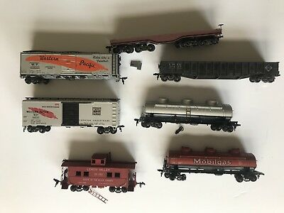 Lot Of 7 Misc Train Locomotives Various Manufactures, Kadee+ Ho Scale ?