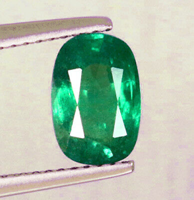 High - End! 1.38 ct Natural Earth Mined Emerald Certified No Reserve