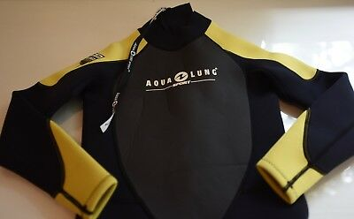 Aqua Lung 3mm wetsuit, youth, medium, 10-12, yellow/black
