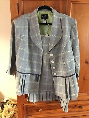 Sweet Suit size 22 plus size women's. Black and white check with a hint of green
