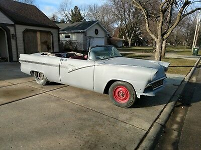 1956 Ford Fairlane Sunliner Convertible 1956 Ford Fairlane Sunliner Convertible Rust-Free Ready-To-Paint Project