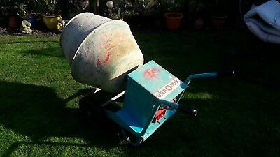 Baromix Minor 240v mains power Cement Mixer with stand. Full working order.
