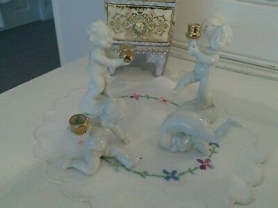Capodimonte Vintage Set Of Four White Porcelain Cherubs