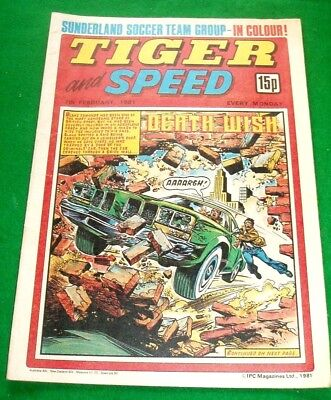 Tiger Comic 7/2/1981 With  Sunderland F.c.  Stunning Colour Team Poster