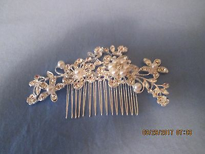 Wedding or Prom Hair Piece (comb) - NIP - Silvertone with Pearls