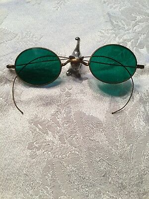Antique Green Oval Sunglasses.  Gold Frame