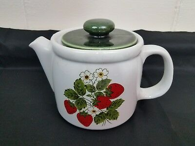 Vintage Nelson McCoy Pottery STRAWBERRY COUNTRY 6 cup Teapot   #1418