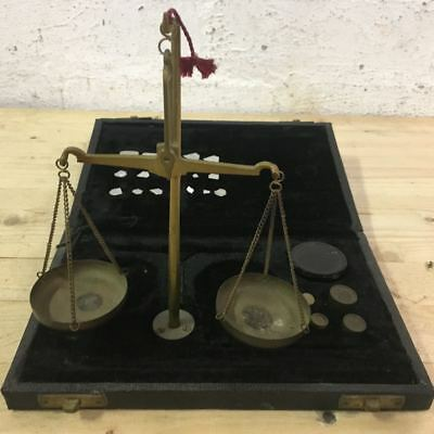 Genuine Vintage Brass Jewellery / Apothecary Scales in Velvet Lined Case