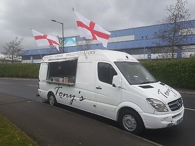 Mercedes Sprinter Catering burger kebab potato van ready to run, pitch available