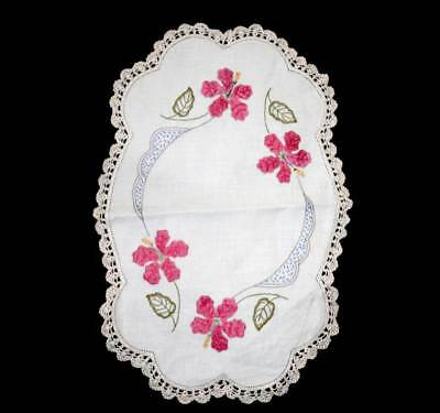 Vintage stunningly pretty large oval pink flower embroidered lace trim doily mat