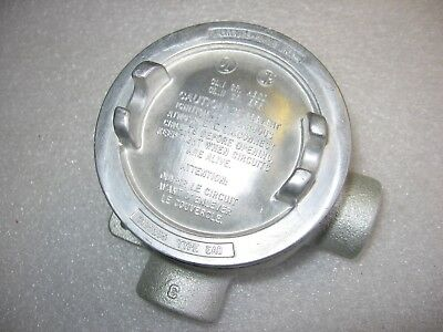 """Crouse-Hinds EABL16 Explosion Proof Mall. Iron Conduit Outlet Box 1/2"""" Threaded"""