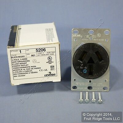 New Leviton 15379-C Straight Blade Flanged Receptacle Outlet 15379-00C