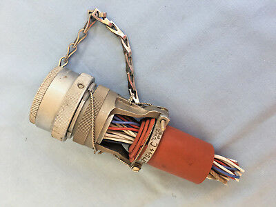*** Concorde Connector Original And Highly Collectable ***