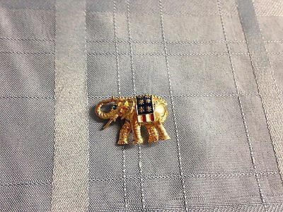 Elephant Gold Tone Pin Brooch Fashion Jewelry Pin