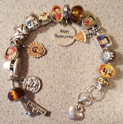 Willabee & Ward BETTY BOOP Charming Year Monthly Charm Bracelet NOVEMBER