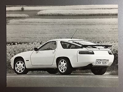 1990 Porsche 928 GT B&W Press Photo Factory Issued RARE!! Awesome L@@K
