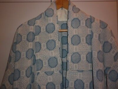 Vintage Japanese Classic  Cream And Blue Kimono Great Condition
