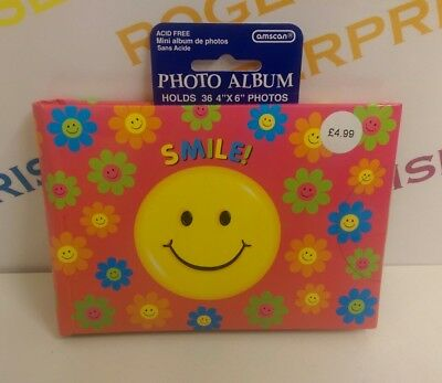 """Smile Happy Emoji Face Padded Cover Photograph Album holds 36 4"""" x 6"""" Pictures"""