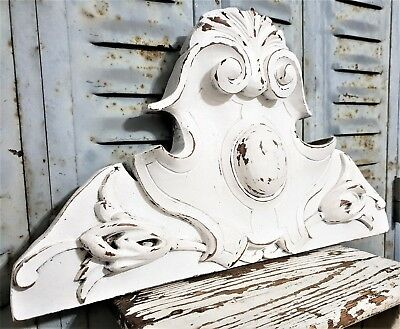 Solid Shabby Painted White Pediment Antique French Carved Wood Mount Cornice