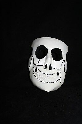 064 WHITE DEATH MEXICAN WOODEN MASK skull muerte blanca madera artesania