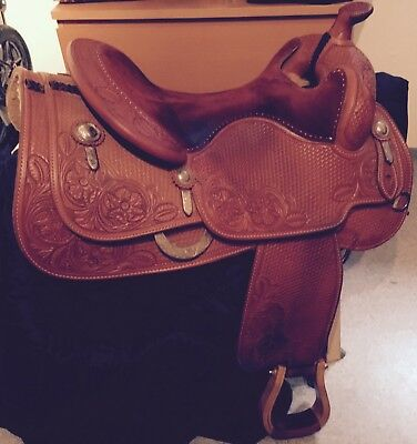 Westernsattel, Bobs Custom Reiningsattel, TOP, allover punziert, lovely piece