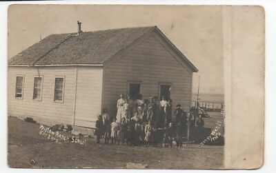 1907 RPPC Postcard of Students outside Willow Ranch School by Wendt