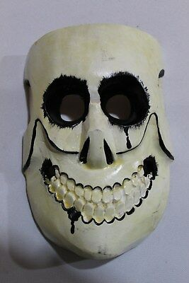 395 WHITE DEATH MEXICAN WOODEN MASK skull muerte blanca madera artesania folkart