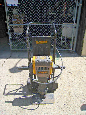 Dewalt D25980 Demolition Hammer 60Lb Electric Concrete Breaker Jackhammer