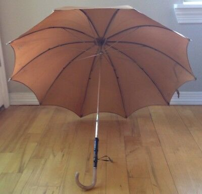 Vintage Tan Ladies Parasol Umbrella Gorgeous Pink Lucite Handle