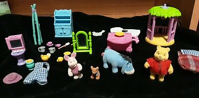 Winnie the Pooh figurines 4, Friendly places collection. Vintage 1999 Eeyore Roo