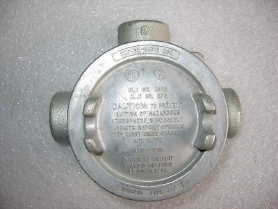 """Crouse-Hinds EABT-16 Explosion Proof Iron Conduit Outlet Box 1/2"""" Threaded NOS"""