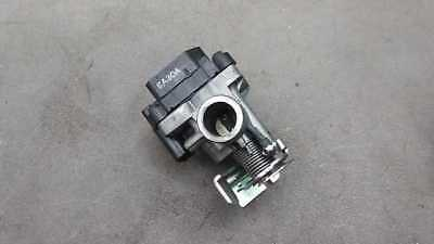 HONDA AA03 BENLY Throttle body