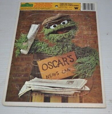 - OSCAR THE GROUCH Sesame Street 1981 Muppets TRAY PUZZLE -