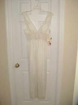 Lily of France Nightgown vintage new