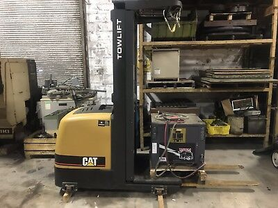 Caterpillar TOWLIFT Electric Forklift Order Picker WITH CHARGER