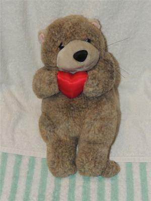 """Gibson Greetings Stuffed Plush Valentines Day Otter With Heart 11"""" 1996 Valentin"""