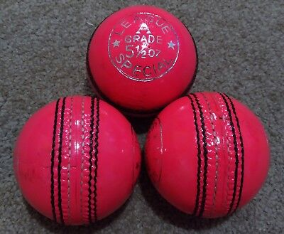 1x PINK Cougar 4 Piece LEAGUE SPECIAL Training Quality Cricket Ball - Oz Stock