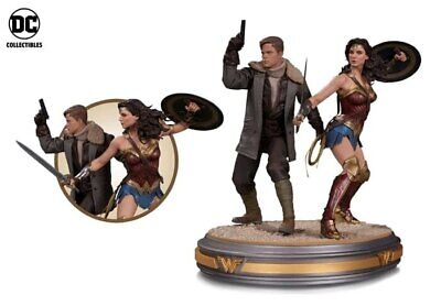 Wonder Woman Movie - Wonder Woman & Steve Trevor-13 Inch Statue-DCCNOV160370